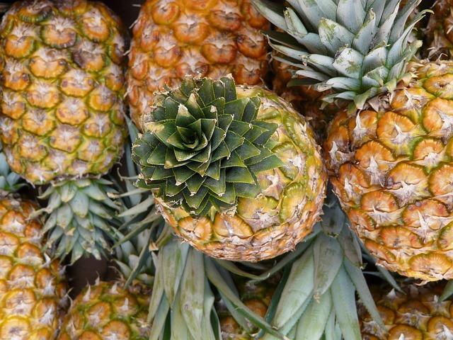 pineapple-5792_640